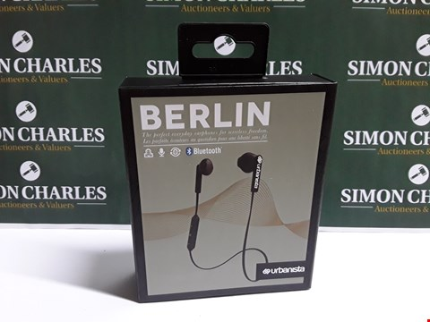 Lot 35 BOXED BERLIN URBANISTA BLUETOOTH EARPHONES