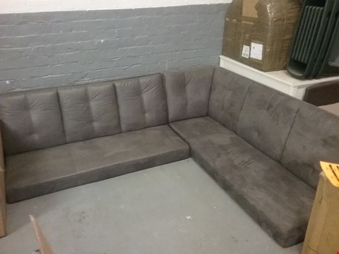 Lot 99 GREY FABRIC CORNER SOFA (NO LEGS)