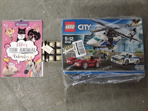 Lot 2456 LOT OF 3 ASSORTED GRADE 1 ITEMS TO INCLUDE LEGO CITY POLICE SET, CHOC ON CHOC GOLF BALLS, PERSONALISED FUN ANIMAL CALENDAR RRP £65