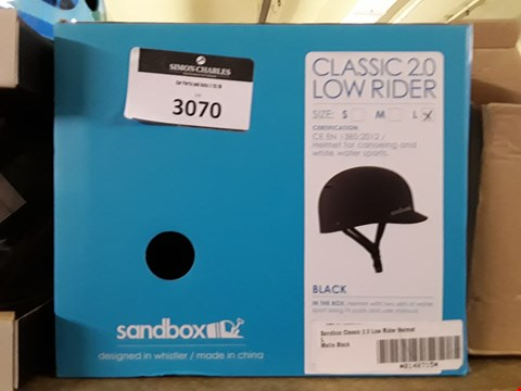 Lot 3070 CLASSIC 2.0 LOW RIDE4 LARGE BLACK HELMET