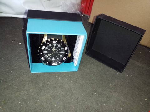 Lot 16035 AEG QX8 ACCESSORY KIT AND 2 X BERMUDA WATCH CO. WATCHES