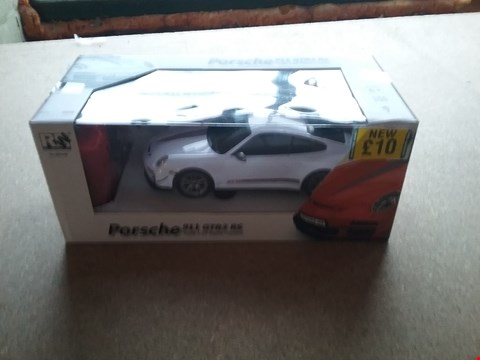 Lot 2480 BRAND NEW BOXED PORSCHE 911 GTR3 RS SCALE 1:24 RADIO CONTROL