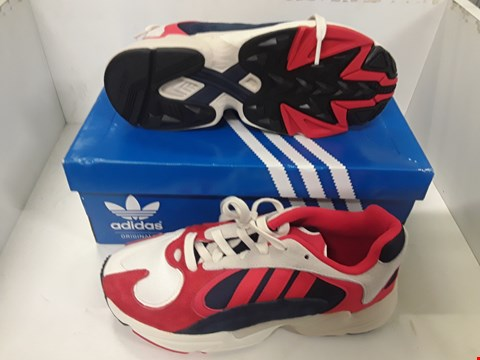 Lot 4108 PAIR OF DESIGNER RUNNING SHOES IN THE STYLE OF ADIDAS YUNG 1