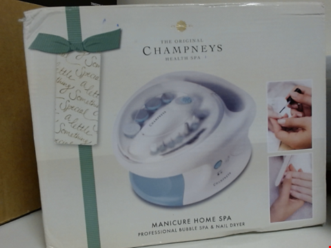 Lot 6512 THE ORIGINAL CHAMPNEYS HEALTH SPA HOME MANICURE BUBBLE SPA AND NAIL DRYER