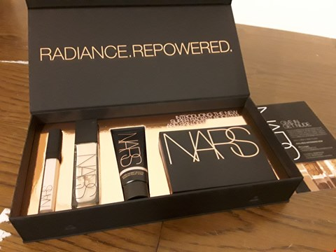Lot 8012 BOXED NARS 4PC GIFT SET INCLUDES CONCEALER, FOUNDATION, BOOSTER AND EYESHADOW PALETTE