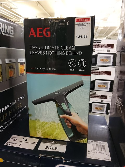 Lot 9028 BOXED AEG WX7 X CRYSTAL CLEAN