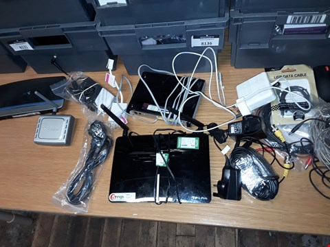 Lot 8194 A BOX OF APPROXIMATELY 20 ASSORTED ITEMS TO INCLUDE,  USB DATA CABLE , TP-LINK WIRELESS DUAL BAND BOX AND ASSORTED POWER CABLES ETC