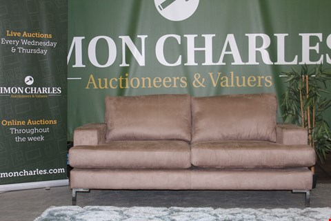 Lot 10005 QUALITY CAVENDISH DESIGNED, STRATA, NATURAL SUEDE EFFECT FABRIC 3 SEATER SOFA ON CHROME LEGS