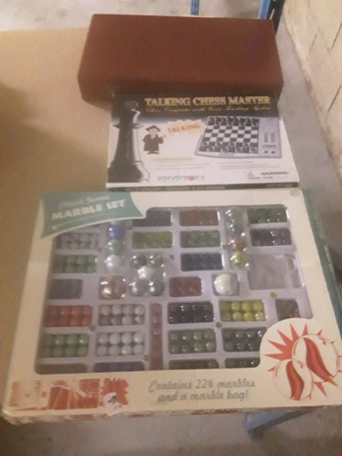 Lot 311 3 ASSORTED PRODUCTS TO INCLUDE; CLASSIC GAMES MARBLE SET, TALKING CHESS MASTER AND BACK GAMMON SET