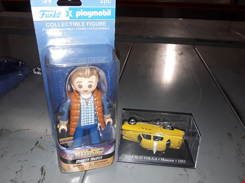 Lot 17 APPROXIMATELY TWO ITEMS  ) PLAYMOBIL BACK TO THE FUTURE MARTY MCFLY & MOSCOW TAXI