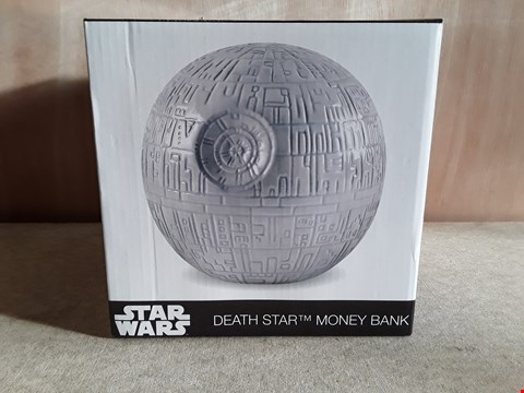 Lot 108 BRAND NEW BOXED STAR WARS DEATH STAR MONEY BANK