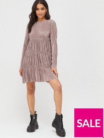 Lot 3180 BRAND NEW BAGGED BOOHOO PLEATED LONG SLEEVE DRESS TAUPE UK SIZE 12