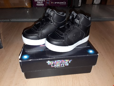 Lot 12313 BOXED SKETCHERS ENERGY LIGHTS FLASHING BLACK HIGH TOP TRAINERS UK SIZE CHILDRENS 5