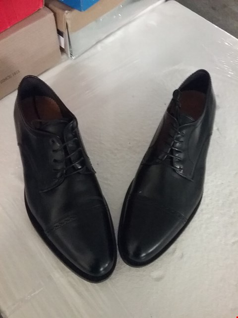 Lot 154 BOXED ORTIZ & REED LEATHER SHOES - BLACK, UK SIZE 11
