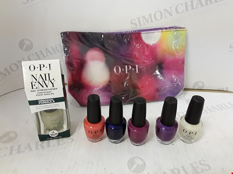 Lot 765 OPI NAIL LACQUER SET WITH CASE