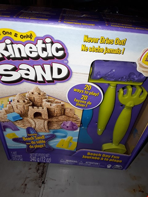 Lot 519 THE ONE AND ONLY  ) KINETIC  SAND