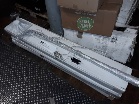 Lot 4108 LOT OF 5 BOXED GRADE 1 5FT SILVER GLITTER LIT TREES