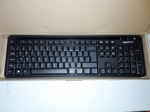Lot 767 AMAZONBASICS WIRELESS KEYBOARD