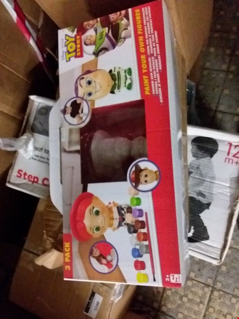 Lot 5149 GRADE 1 TOY STORY PAINT YOUR OWN FIGURES