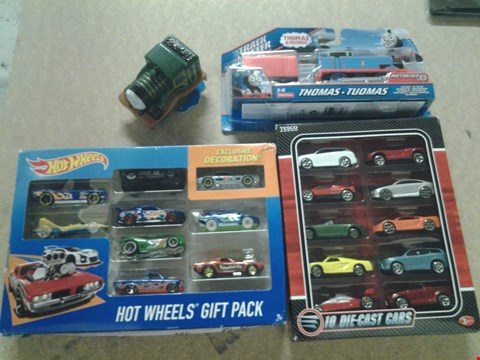 Lot 344 4 ASSORTED PRODUCTS TO INCLUDE; HOT WHEELS GIFT PACK, DIE CAST CAR SET AND THOMAS AND FRIENDS MOTORISED THOMAS