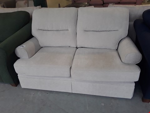 Lot 8 QUALITY BRITISH DESIGNER NATURAL FABRIC BERKELEY SPLIT BACK 2 SEATER SOFA