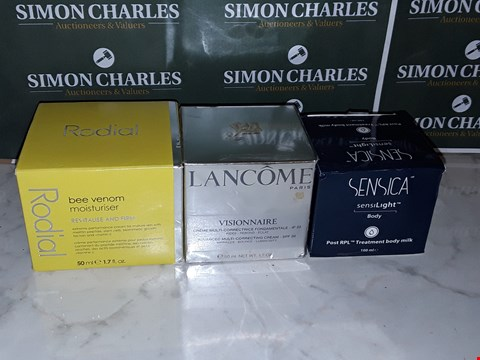 Lot 12074 LOT OF 3 ASSORTED SKIN CARE ITEMS TO INCLUDE RADIAL BEE VENOM MOISTURISER AND LANCOME VISIONAIRE CORRECTING CREAM