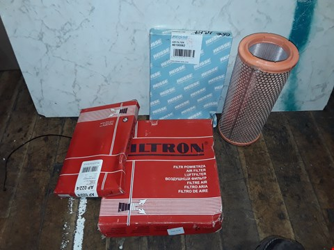 Lot 338 BOX OF ASSORTED CAR PARTS TO INCLUDE REISSE  AIR FILTER, UNIPART AIR FILTERS, FRAM AIR FILTERS
