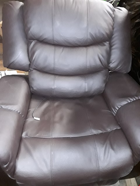 Lot 321 BROWN FAUX LEATHER VERONA RECLINER WITH HEAT AND MASSAGE
