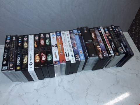 Lot 6104 LOT OF APPROXIMATELY 25 ASSORTED DVDS TO INCLUDE THE X-FILES, AMERICAN DAD AND DOWNTOWN ABBY