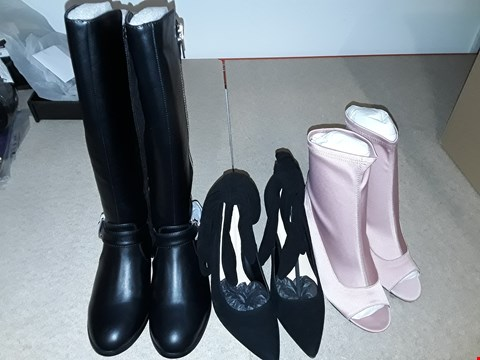 Lot 14 BOX OF APPROXIMATELY ASSORTED ITEMS TO INCLUDE EXTRA WIDE HIGH BOOTS SIZE 3, SUEDE SOFT WRAPPED HEELED SHOE SIZE 5, PINK HEELED SHOES SIZE 5