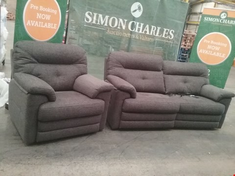 Lot 24 QUALITY BRITISH MADE HARDWOOD FRAMED GREY FABRIC 3 SEATER RECLINING SOFA AND FIXED ARM CHAIR
