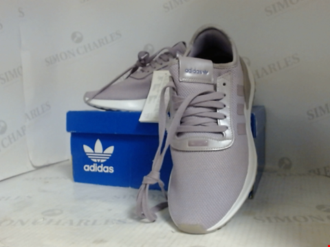 Lot 16005 BOXED PAIR OF DESIGNER ADIDAS TRAINERS - UK SIZE 5.5