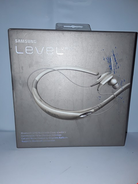 Lot 4210 SAMSUNG LEVEL U PRO HEADPHONES