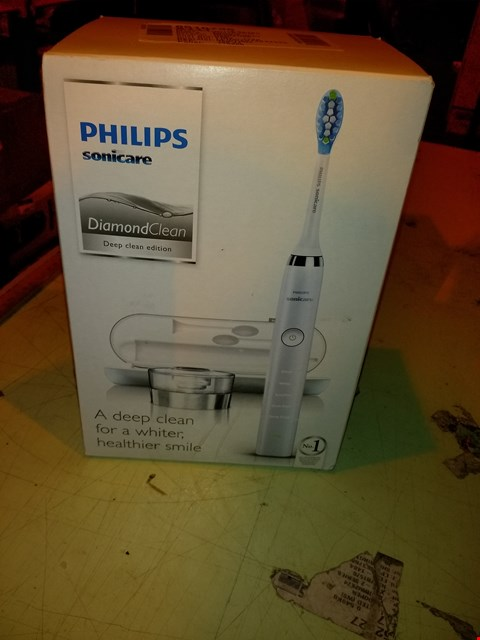 Lot 6809 PHILIPS SONICARE DIAMOND CLEAN CORDLESS TOOTHBRUSH