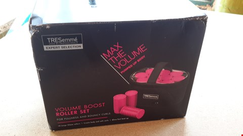 Lot 97 TRESEMME EXPERT SELECTION VOLUME BOOST ROLLER SET