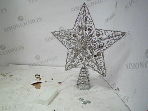 Lot 13074 SILVER STAR CHRISTMAS TREE TOPPER RRP £19.99