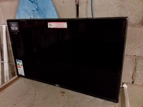 "Lot 201 LG 32LJ510B 32"" HD TV"