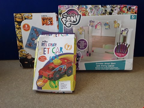Lot 5070 THREE BOXED CRAFTY TOYS, INCLUDING MY LITTLE PONY LED FAIRY LIGHTS AND DESPICABLE ME 3