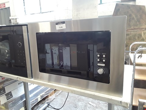 Lot 7146 INTEGRATED MICROWAVE OVEN