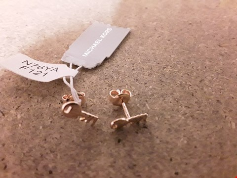 Lot 2245 MICHAEL KORS 14CT ROSE GOLD PLATED STERLING SILVER KEY STUD EARRINGS RRP £55