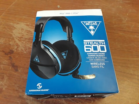 Lot 235 BOXED TURTLE BEACH STESLTH 600 GAMING HEADSET