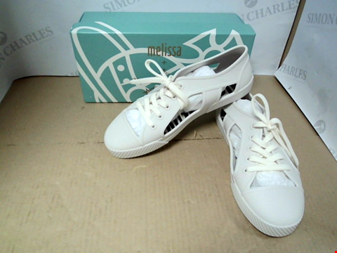Lot 7054 MELISSA + VIVIENNE WESTWOOD BRIGHTON CUT OUT LACE UP WHITE TRAINERS - SIZE 7 UK
