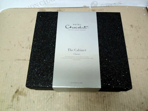Lot 13626 HOTEL CHOCOLAT - THE CLASSIC CABINET RRP £69.99