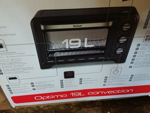 Lot 2010 A BOXED TEFAL OPTIMO OVEN 19L