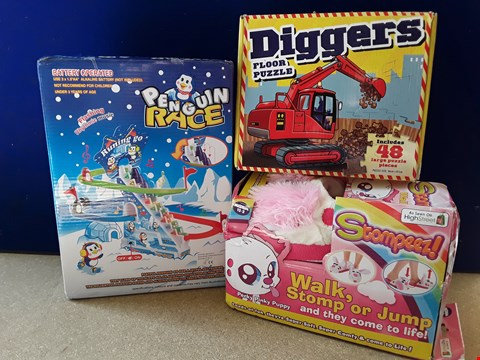 Lot 5060 THREE BOXED CHILDRENS' ITEMS, INCLUDING PENGUIN RACE GAME, STOMPEEZ! SLIPPERS AND DIGGERS FLOOR PUZZLE