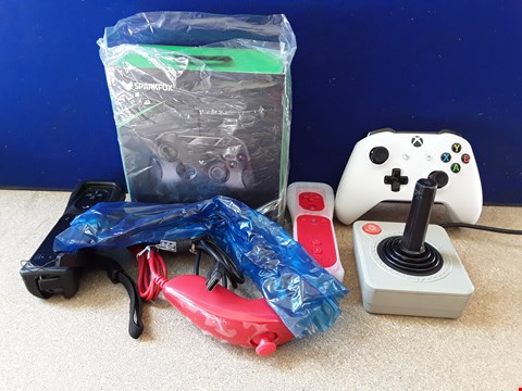 Lot 5064 ASSORTED GAME CONSOLE CONTROLLERS, INCLUDING BOXED SPARKFOX CONTROLLER, WII REMOTES WITH NUNCHUCKS AND JOYSTICK