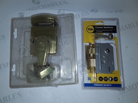 Lot 4222 LOT OF 2 ASSORTED LOCKS TO INCLUDE YALE AND ERA
