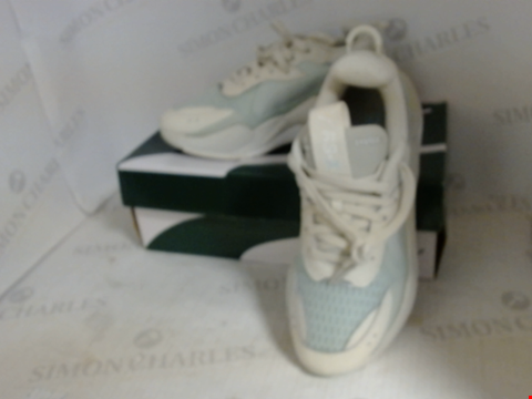 Lot 16086 BOXED PAIR OF DESIGNER PUMA TRAINERS - UK SIZE 6.5