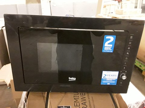 Lot 52 BEKO BUILT IN 900W MICROWAVE WITH GRILL