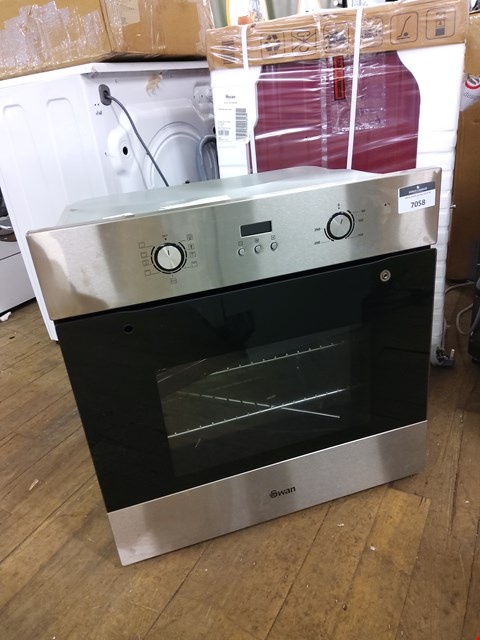 Lot 7058 SWAN SXB70110SS BUILT-IN SINGLE ELECTRIC OVEN  RRP £224.99